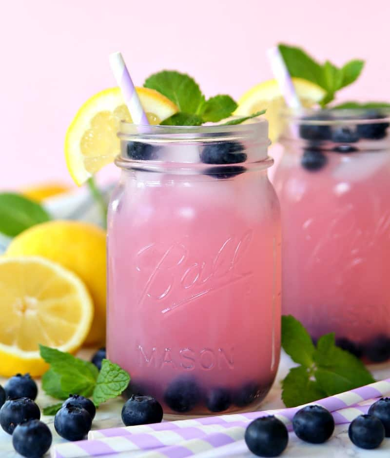 Blueberry vodka lemonade