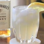 honey whiskey lemonade cocktail pin 1