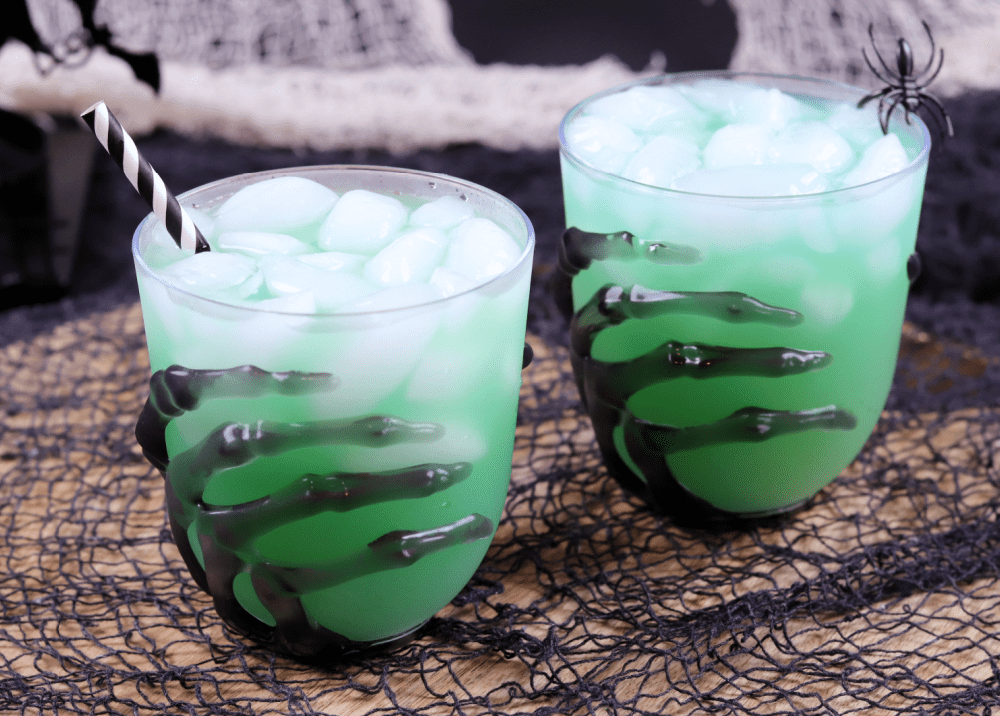 Green halloween cocktails